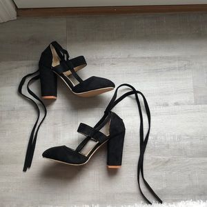Shoes - Wrap around the ankle heels